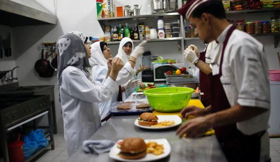 Deaf Workers in Gaza Open New Restaurant