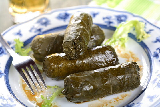 Iraqui stuffed grape leaves