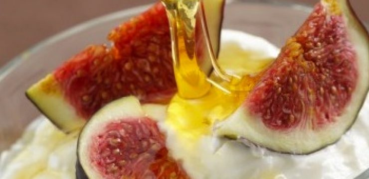 figs-yoghurt-honey.jpg