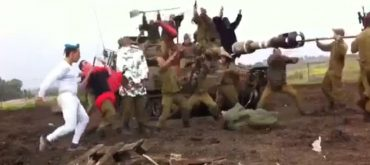 Israeli Soldiers Harlem Shake Their Way Into Prison