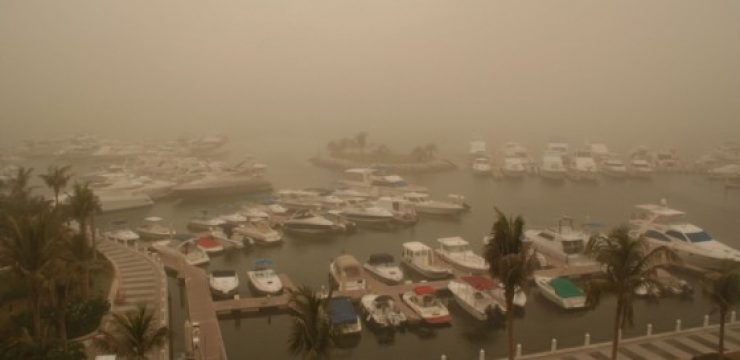 shutterstock_1823838-Dust-Storm-in-Dubai-harbor.jpg