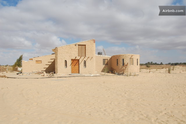 couchsurfing, siwa oasis, earth architecture, dome house, nader khalili, AirBnB, Freedom Farm House