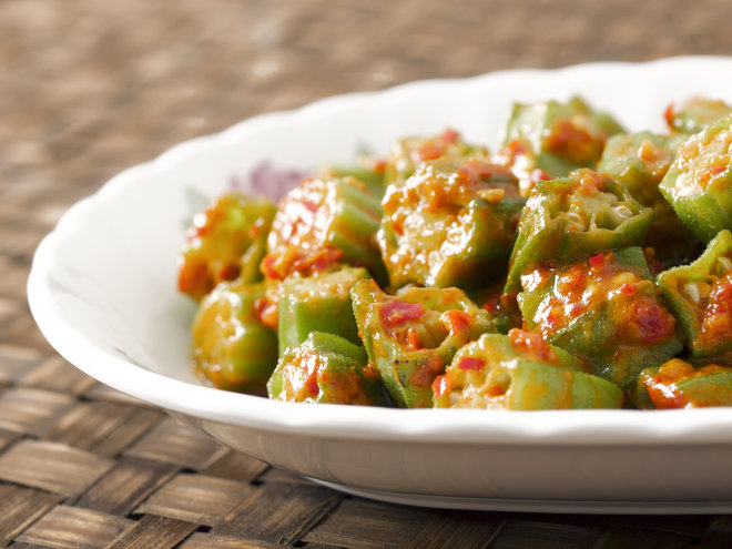 okra stewed in tomato sauce