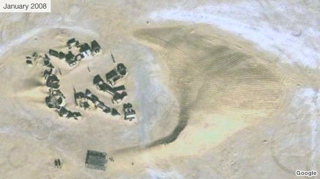 Tunisian Desert Dunes Threaten Darth Vader's Tatooine Home