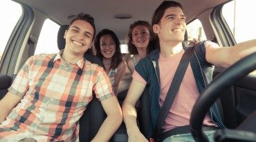 Why Teen Drivers Should Listen to Barry Manilow When Driving