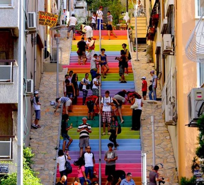 Istanbul painted steps