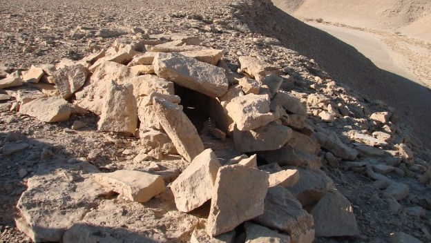 ancient-leopard-trap-israel
