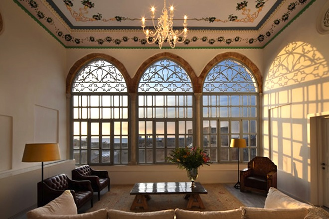 Ottoman palaces converted into gorgeous boutique efendi for Design hotels of france