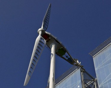 The Shard Architect Designs Ultra Lightweight Dragonfly Wind Turbine