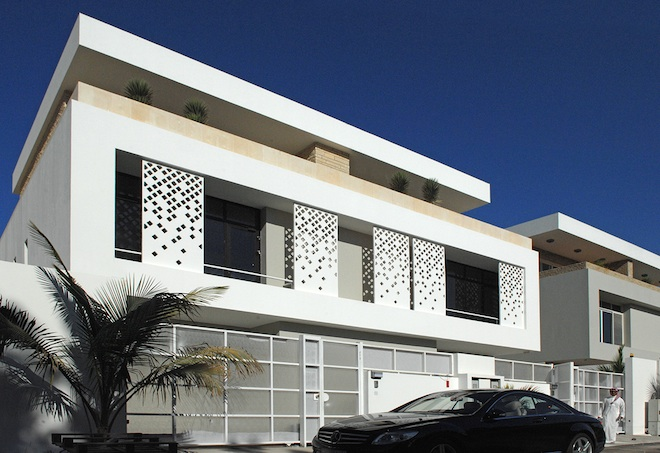 4 houses find shade from saudi sun with sliding islamic for Modern islamic building design