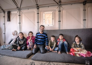 Ikea rolls out 10,000 flat-pack refugee shelters