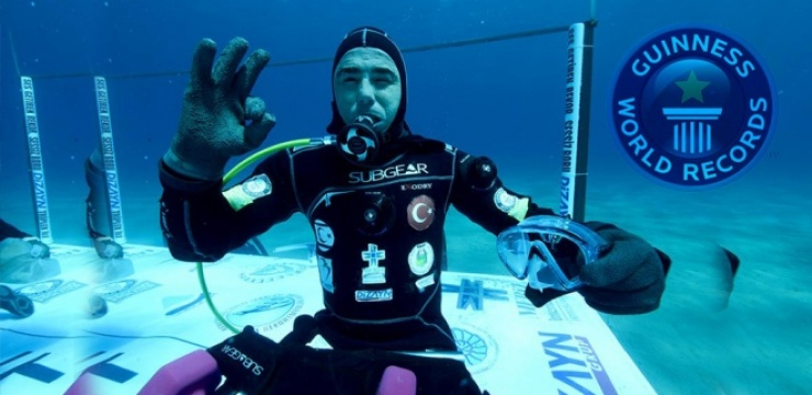 Cem-Karabay-turkey-dive.jpg