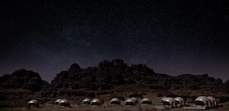 Freedomes-SunCity-Camp-Martian-Glamping-Night-889x500.jpg