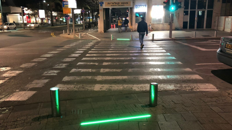 Tel Aviv City promotes phone zombies with LED catastrophe