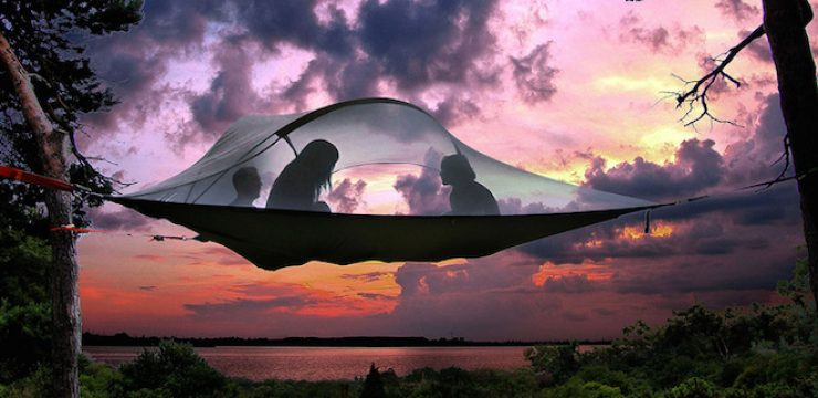 Portable-suspended-treehouse-by-Tentsile-1.jpg