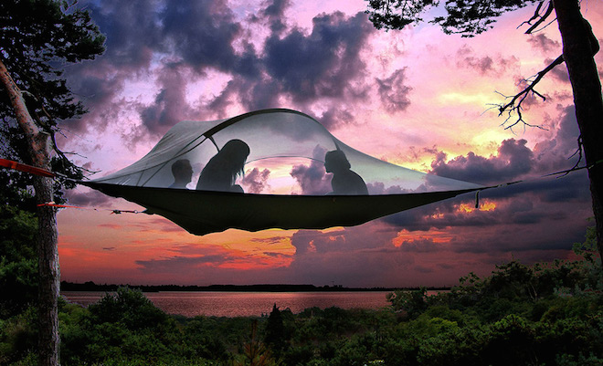 Portable-suspended-treehouse-by-Tentsile-1