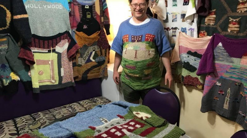 Maryland man knits postcards from the Middle East