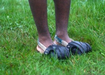 Let's bounce! on tires upcycled into rubber-soled shoes