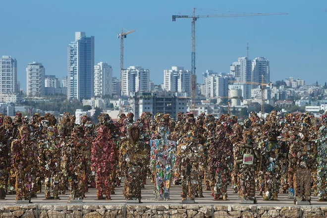 HA Schult, Trash People, recycled materials, junk culture, tel aviv, israel, hiriya, ariel sharon park, trash warriors, trash army