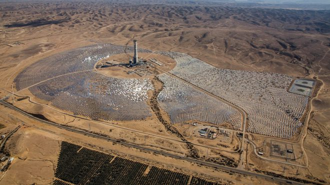 ashalim solar panel plant in Israel