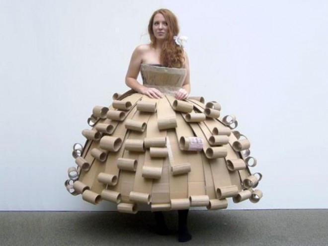 Halloween goes green with fantastic DIY costumes you can recycle ...