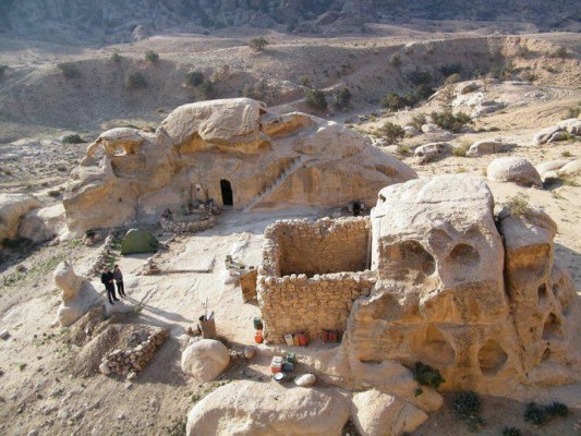 underground cave home. cave home underground petra  Stay in an with this Bedouin Petra Green Prophet