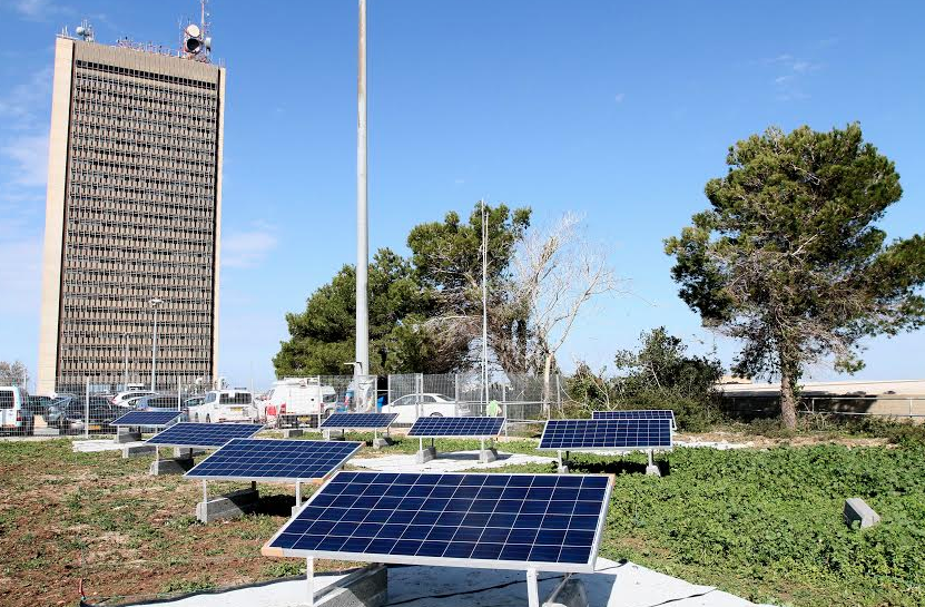 green roof solar power panels