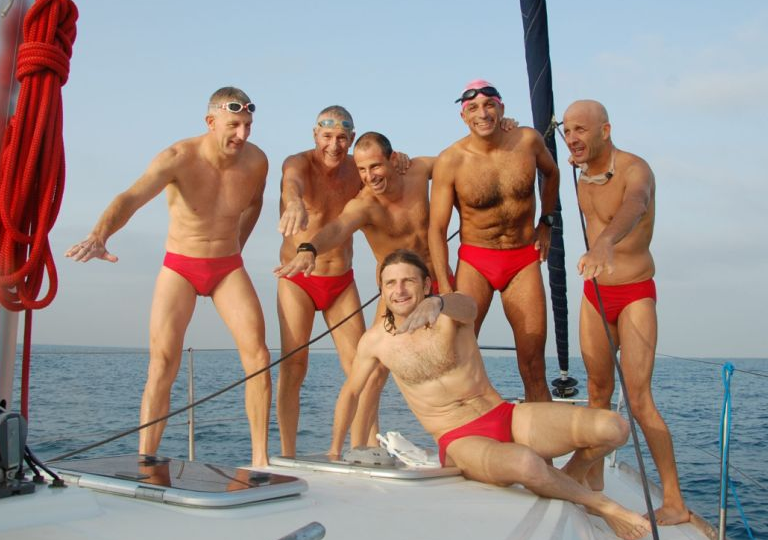 Israeli senior leads hot swim team for cool project at sea and a Guinness World Record