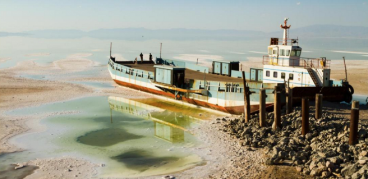 lake-urmia.png