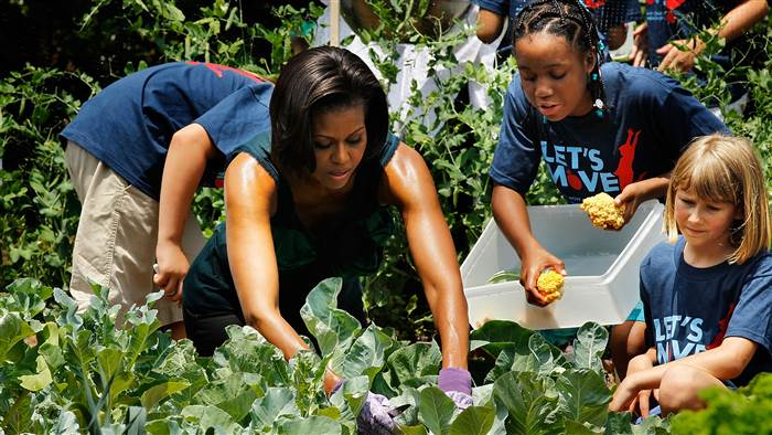 michelle-obama-white-house-garden