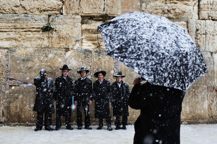 snow on the western wall, jerusalem