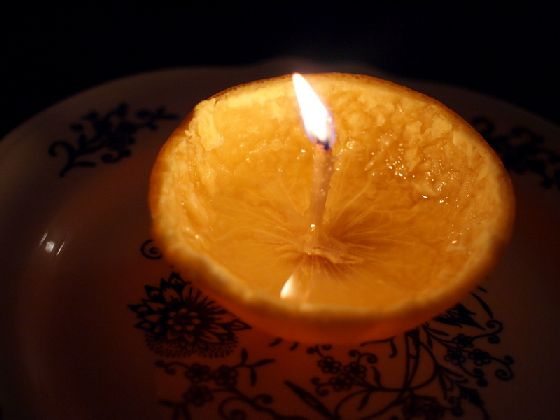 orange-peel-candle-diy-craft-reuse.jpg