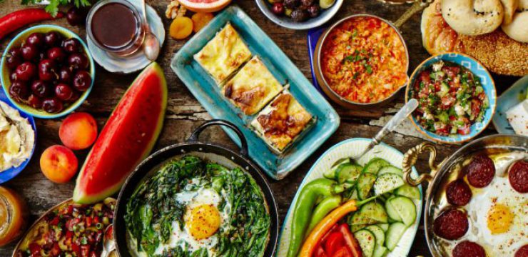 ozlem-turkish-table-cookbook.jpg