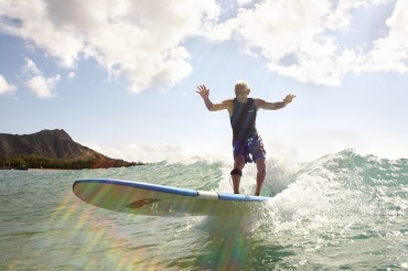Israeli surfer's make circle for Doc Paskowitz, the man who brought surfing to the Middle East