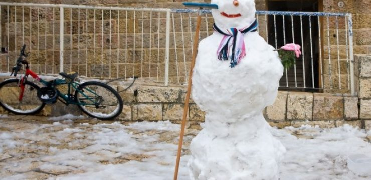 snowman-in-jerusalem-2015-winter-storm.jpg