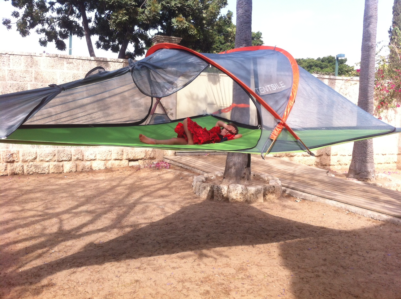 Hanging Tree House Tentsile Treehouse Tent Cocoon For Palm Trees And Attention