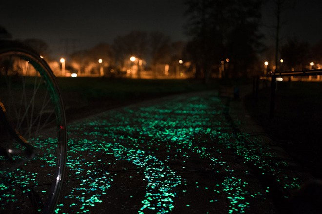 solar powered glow bike path