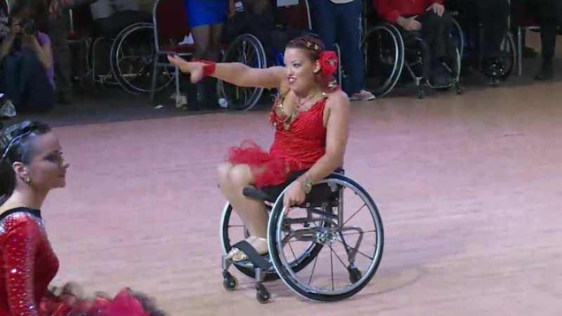 Wheelchair activist shows you how to dance against the odds!