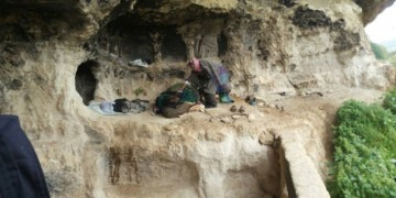 Caveman found living in Jordan mountains!