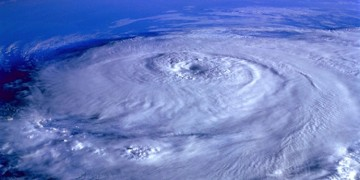 "Extreme ""grey swan"" hurricanes heading to Dubai (and Tampa!)"