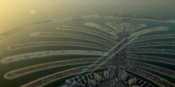 Amazing birdmen jet fly over Dubai