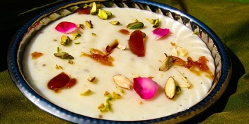 Rose-Scented Rice Pudding Recipe