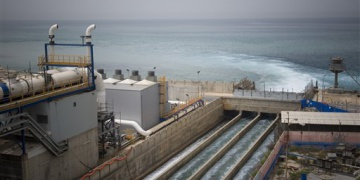 Crisis Averted: Gushing Over Israel's Governmental Water Bailout